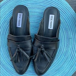Steve Madden black Magan mules